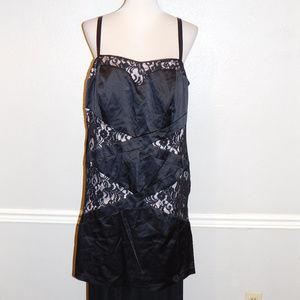 22 22W Torrid Black Beige Satin Lace Trim Dress